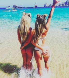 ass-touching-girls